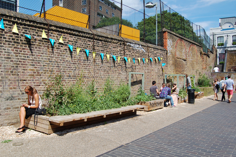 Regents Canal Towpath garden_3
